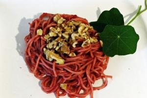 Rote-Beete-Pesto-mit-Spaghetti